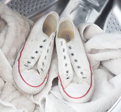 how to wash shoes at home using washing machine